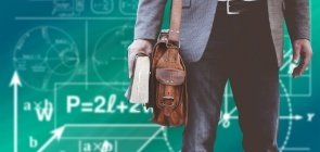 Somente 23% dos professores recomendaria a profissão aos jovens