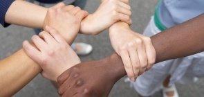 6 práticas para discutir racismo e identidade na sala de aula