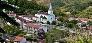 Pequena cidade carioca abre vagas em Educação