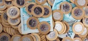 Piso Nacional do magistério vai a R$ 2.455. Você acha bom?