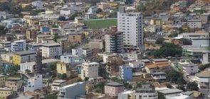 Cidade mineira abre concurso com 391 vagas na Educação