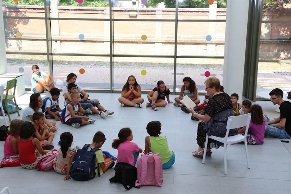 Crianças na Fundação Reggio Children