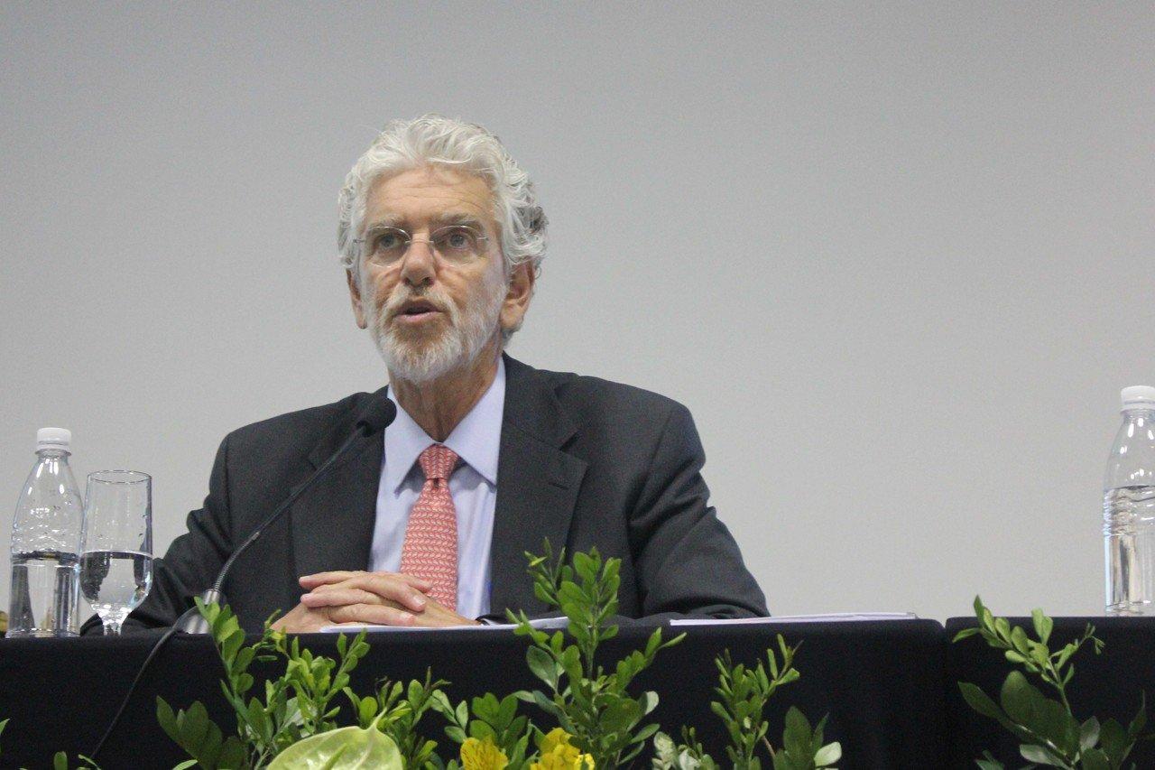 Resultado de imagem para Cesar Callegari, presidente da comissão que discute a Base no Conselho Nacional de Educação (CNE)