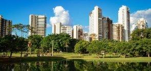 Goiás abre 900 vagas para professores de 4 disciplinas