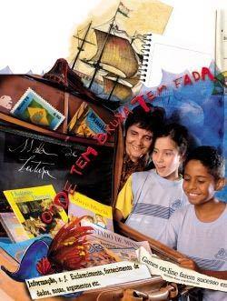 Diversidade: com sua mala de leitura, a bibliotecária Lucila (à esq.), de Belo Horizonte, apresenta jornais, livros, revistas e muito mais. Montagem: Alexandre Camanho/Foto: Pedro Motta