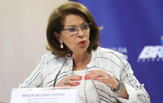 A secretária executiva do MEC, Maria Helena Guimarães de Castro, fala sobre os resultados, por escola, do Exame Nacional do Ensino Médio (Enem) 2015
