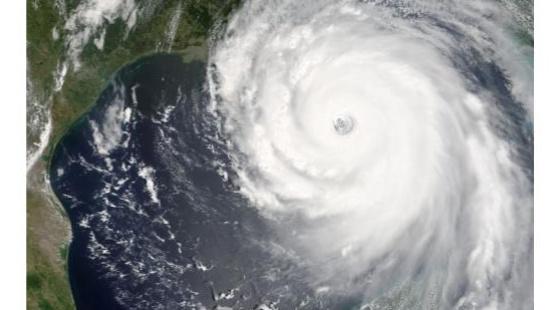 Katrina: furacão poderoso