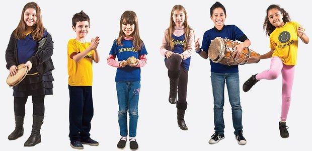 Os alunos tocaram juntos e combinaram os sons do corpo com os dos instrumentos. Fotos: Tamires Kopp