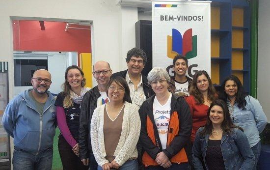 Conheça um grupo de professores que troca experiências sobre tecnologia