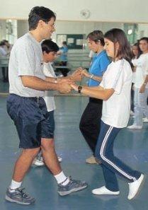 Joelcio dançando em Belo Horizonte: mais iniciativa