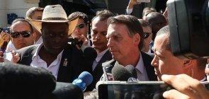 Bolsonaro chama manifestantes de