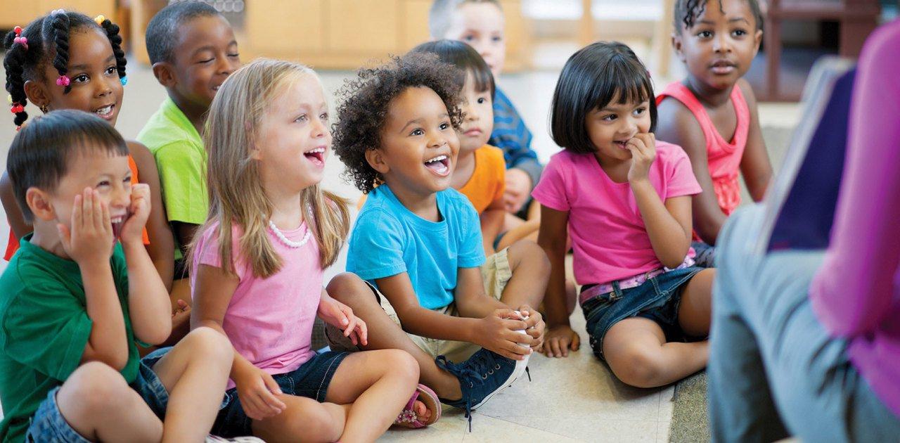 """Campos de Experiência na prática: como trabalhar """"escuta, fala, pensamento e imaginação"""" na Educação Infantil"""