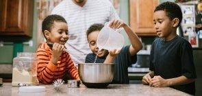 Matemática: 6 planos de aula para explorar grandezas e medidas na cozinha