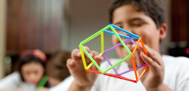 Alunos da EMEF PROFESSOR OLAVO PEZZOTTI. Curso online de Matemática - Conhecimentos geométricos. Crédito: Marina Piedade