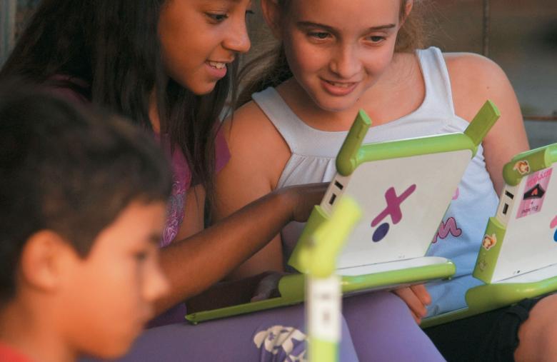 Projeto Um Computador para Cada Aluno, em Porto Alegre: o que importa não é melhorar o ensino, mas a aprendizagem. Foto: Tamires Kopp