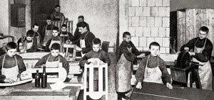 O trabalho em oficinas fazia parte do método: recurso para a autogestão da escola