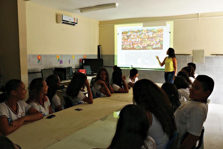 Paloma Silva Santos durante uma de suas aulas em Aracaju, Sergipe