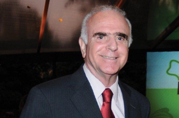 O ministro Paulo Renato Souza inseriu o país no mundo das avaliações externas. Rogério Pallatta