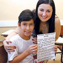 No Colégio de Aplicação da UFG os estudantes registram em um dicionário pessoal as variantes linguísticas do espanhol que aprendem trabalhando com materiais de diversos países. Foto: Carlos Costa