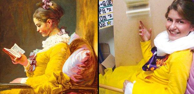 Para a releitura, a turma produziu o figurino e optou por fazer o personagem brincar com o livro, em vez de lê-lo, como no original. National Gallery of Art, Washington e arquivo pessoal
