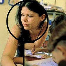 Rosilene: palestras para convencer os pais a aceitar que seus filhos estudem com uma criança infectada pelo HIV. Foto: Eugenio Savio