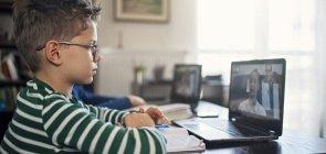 Ensino remoto: como ficam as devolutivas e feedbacks aos alunos?