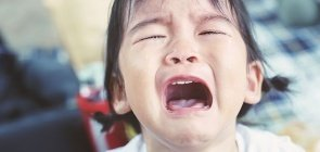 Choro e birra na Educação Infantil podem ser resolvidos com conversa e habilidades socioemocionais