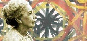 Nise da Silveira foi uma médica psiquiatra alagoana que preconizou o uso de Artes Plásticas e afeto no tratamento de questões de saúde mental
