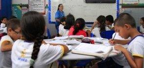 """""""Antes da mudança, os alunos não podiam contestar nada"""", diz diretora da EM Waldir Garcia"""