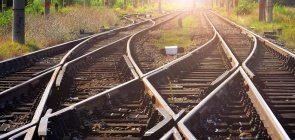 Filosofia: como aplicar o dilema do trem em sala de aula