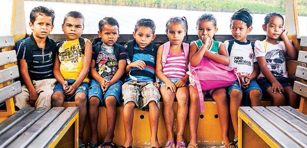Crianças de escola rural em Mocajuba, no Pará. Foto: Daniel Araújo