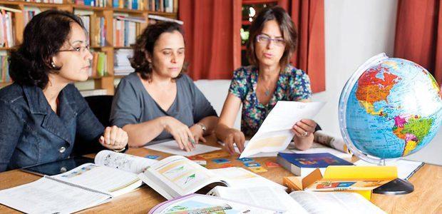 Professores da EMEF Amorim Lima, em São Paulo, fazem projetos que envolvem as várias áreas. Foto: Marina Piedade