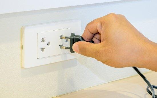 Aproveite as férias para adaptar a rede elétrica aos novos aparelhos