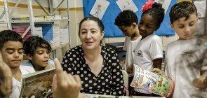 Como incluir cultura e história na alfabetização das crianças