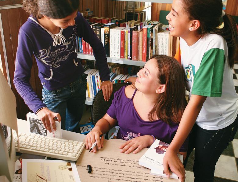Biblioteca Ativa na EMEF Thereza de Campos Castro, em Araçariguama, SP: escola candidata a receber o acervo deve explicar como pretende usá-lo. Foto: Marcos Rosa
