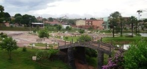 Pequena cidade goiana oferece vagas para professores