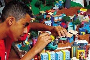 Pesquisa de campo: alunos de 65 escolas conheceram diferentes bairros antes de construir morros e casas Foto: Masao Goto Filho