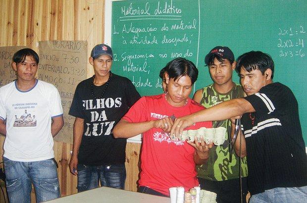 No Mato Grosso do Sul, a formação mescla saberes indígena e não indígena. Secretaria de Estado de Educação de Mato Grosso do Sul
