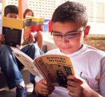 Hora certa para leitura. Foto: Raoni Maddalena