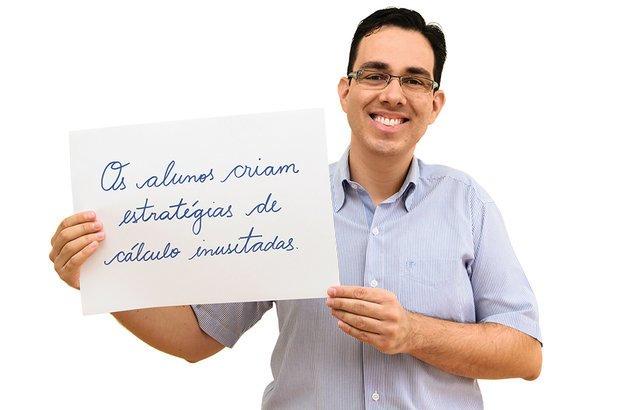 Pereira passou a estudar e a valorizar a forma de os estudantes resolverem as contas. Ivan Amorin. Ilustração Elisa Carareto