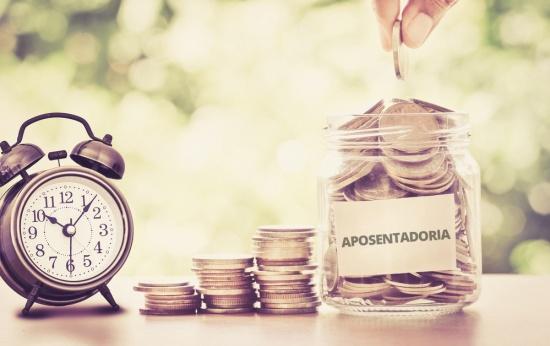 Reforma da Previdência muda de novo e professores terão aposentadoria diferenciada