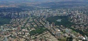 Vista aérea da cidade de Maringa, no norte do Paraná