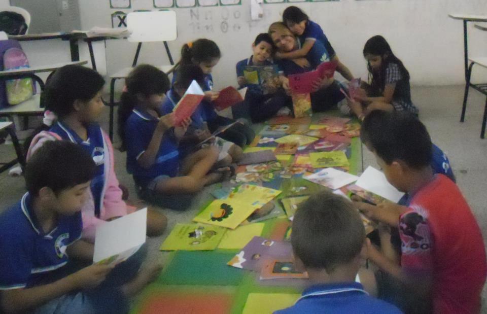 A turma da professora Marileica Nunes lê histórias