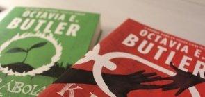 Capa de dois livros da Octavia Butler. Livro Kindred e A Parábola do Semeador