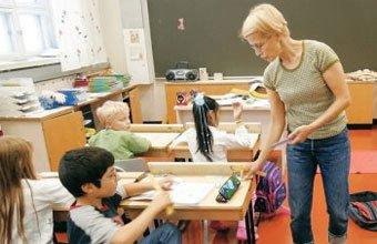 RECEITA FINLANDESA - No país primeiro colocado no Pisa, os professores têm formação de qualidade e reconhecimento. Foto: Olivier Morin / AFP