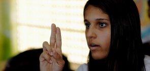 Enem: quais as dificuldades que os surdos enfrentam na Educação brasileira?