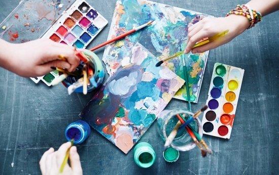 Conhecer e aprender um pouco sobre arte