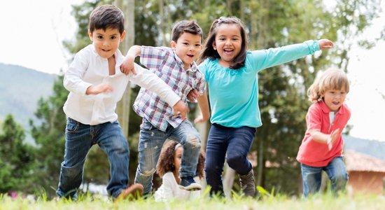 Quando o professor diz que não dá conta das crianças, o coordenador pode acompanhar mais de perto e ajudá-lo a replanejar as atividades (Foto: Shutterstock)