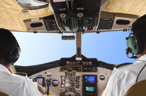 Gustano Pizzo: invenção de um sistema eletromecânico capaz de isolar e aprisionar sequestradores de avião entre duas portas, para em seguida arremessá-los de paraquedas. CRÉDITO: Shutterstock
