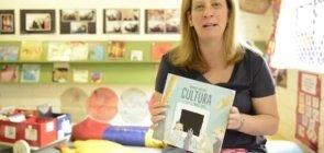 Apresente livros de poesia para as crianças